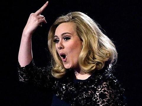 Adele ofendida en los Brit