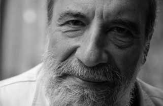 Los poemas muertos de Raul Zurita