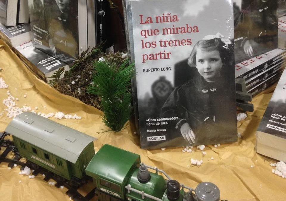 Presentación de La niña que miraba los trenes partir