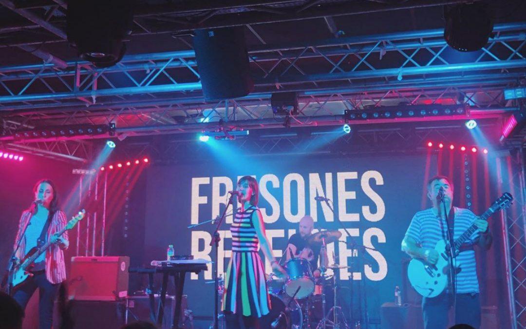 Los Fresones Rebeldes hacen grande el V Concurso de Bandas de la Sala Revólver