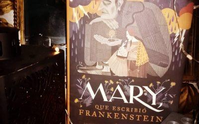MARY, QUE ESCRIBIÓ FRANKENSTEIN de Linda Bailey e ilustraciones de Júlia Sardà
